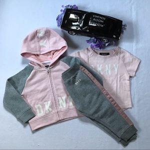 DKNY NWOT Outfit for Girls 18M